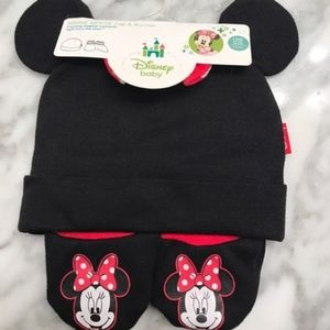 Disney Accessories - DISNEY NWT Minnie Mouse Cap and Booties